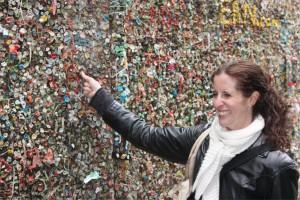 gum wall tam